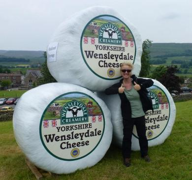 Nearly home - A quick stop with a little cheese at the Wensleydale Creamery