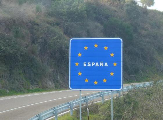 Spain border crossing sign